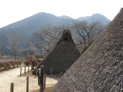 縄文時代の竪穴式復元住居(星野町)